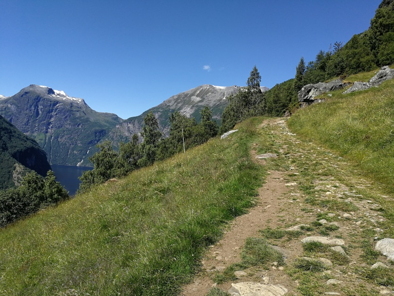 Weg zum Vesteråsfjellet