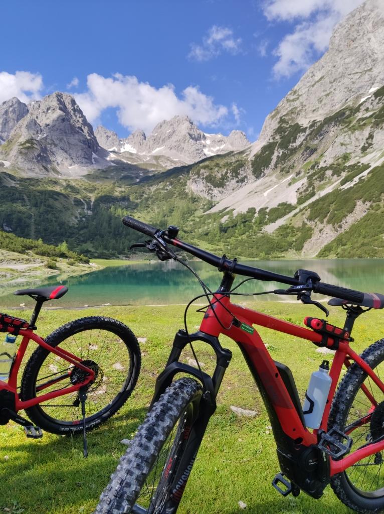 Mit dem Fahrrad zum Seebensee