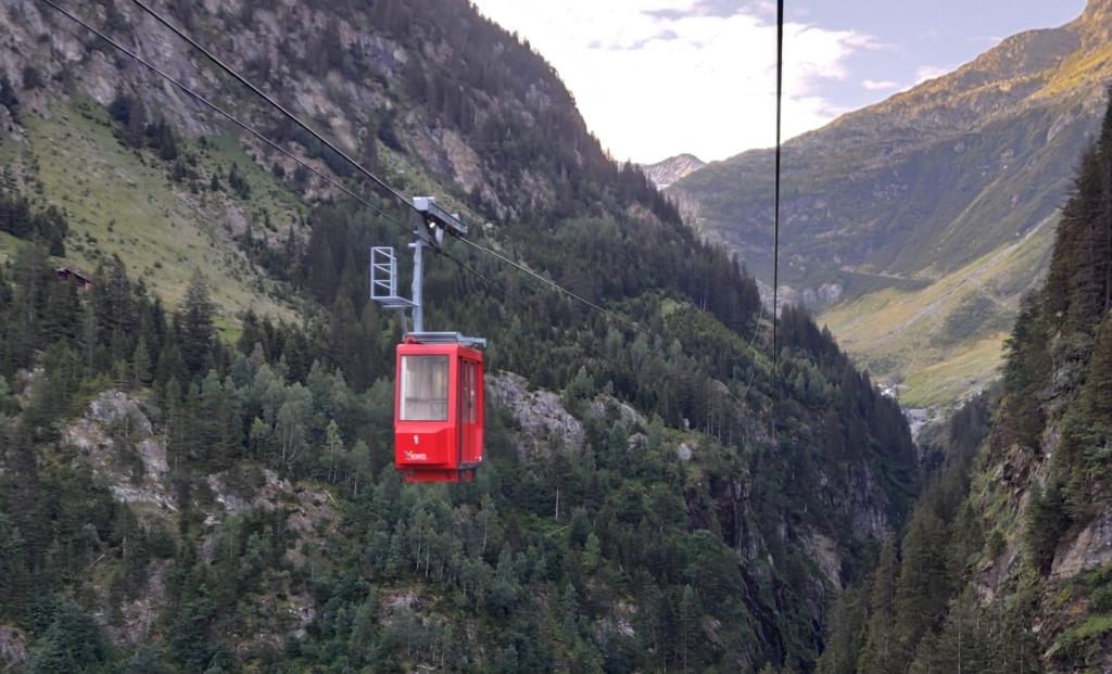Auf dem Weg zur Triftbahn Bergstation