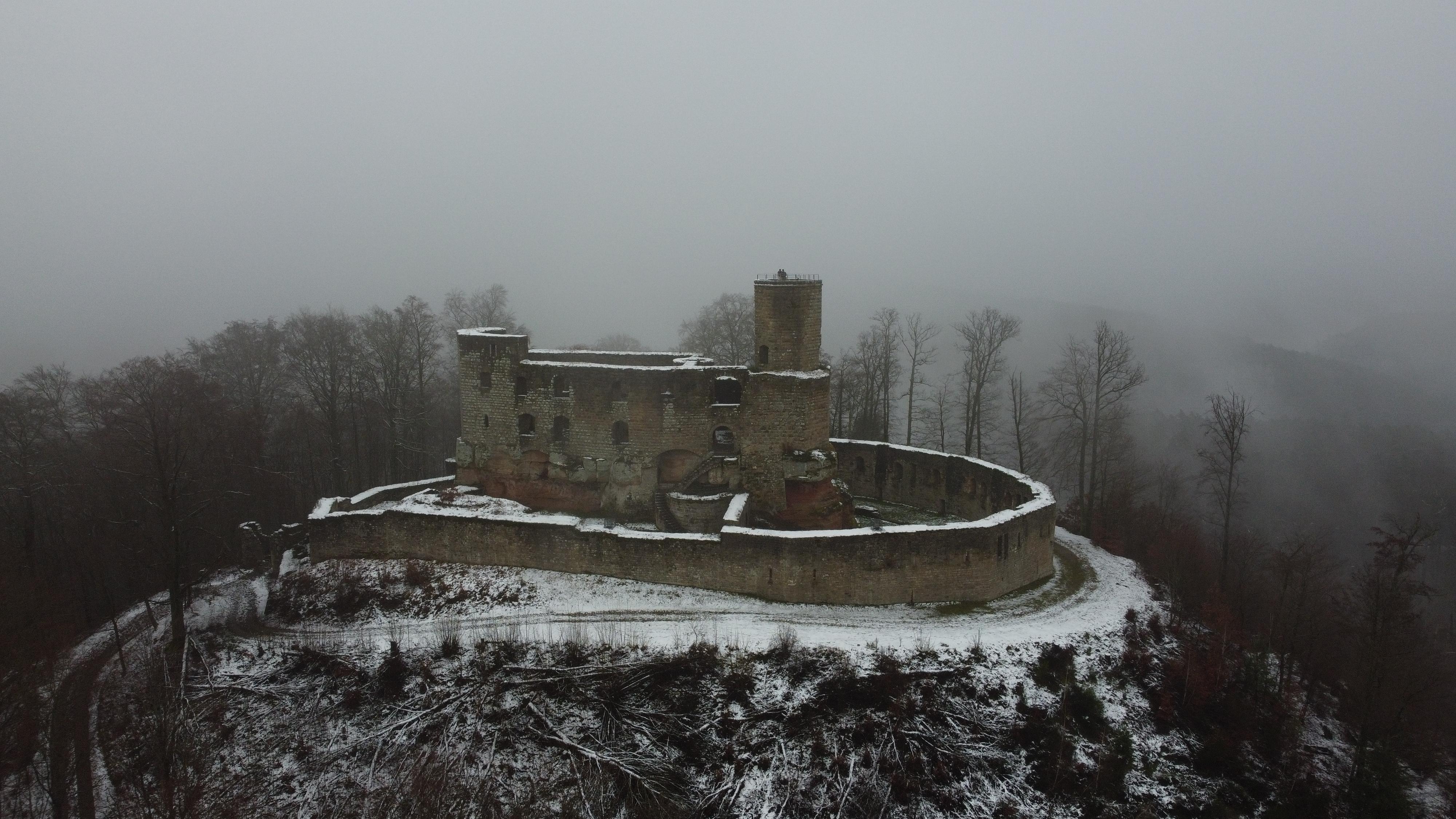 Burg Gräfenstein im Winter
